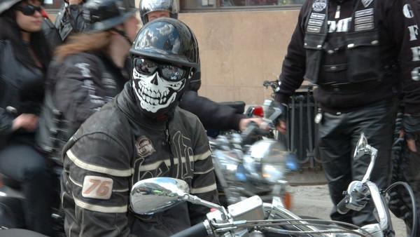 Cronache - Racconti Di Ieri e Di Oggi S01 E07 Bikers, castigo